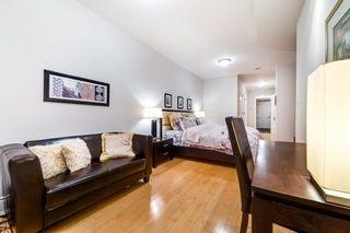 Photo 9: 1804 10 Bellair Street in Toronto: Annex Condo for sale (Toronto C02)  : MLS®# C4165263