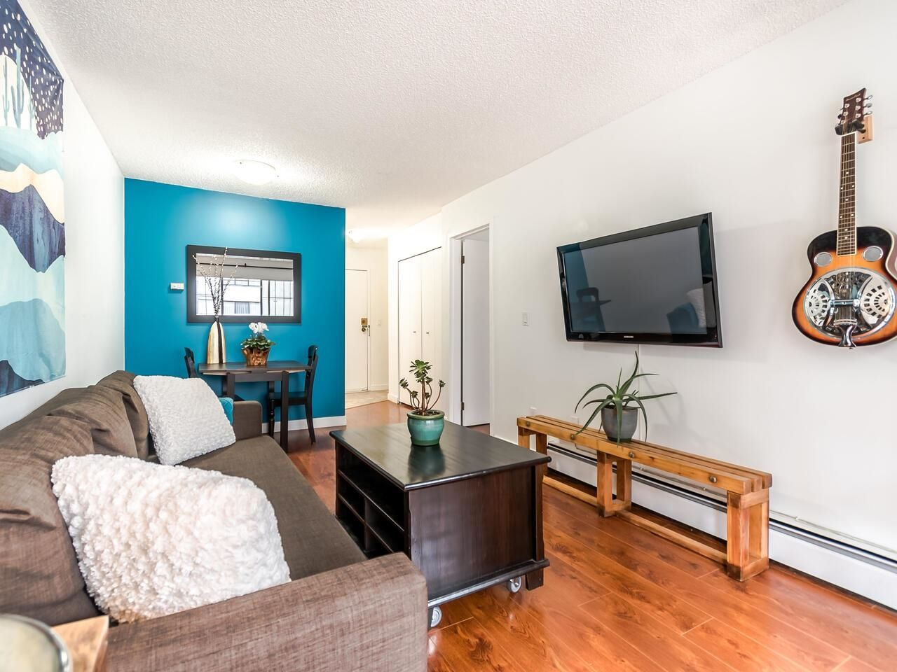 """Main Photo: 208 707 EIGHTH Street in New Westminster: Uptown NW Condo for sale in """"THE DIPLOMAT"""" : MLS®# R2625783"""