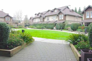 """Photo 13: 410 15 SMOKEY SMITH Place in New Westminster: GlenBrooke North Condo for sale in """"THE WESTERLY"""" : MLS®# R2046812"""