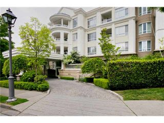 """Photo 3: 105 5735 HAMPTON Place in Vancouver: University VW Condo for sale in """"THE BRISTOL"""" (Vancouver West)  : MLS®# V1122192"""