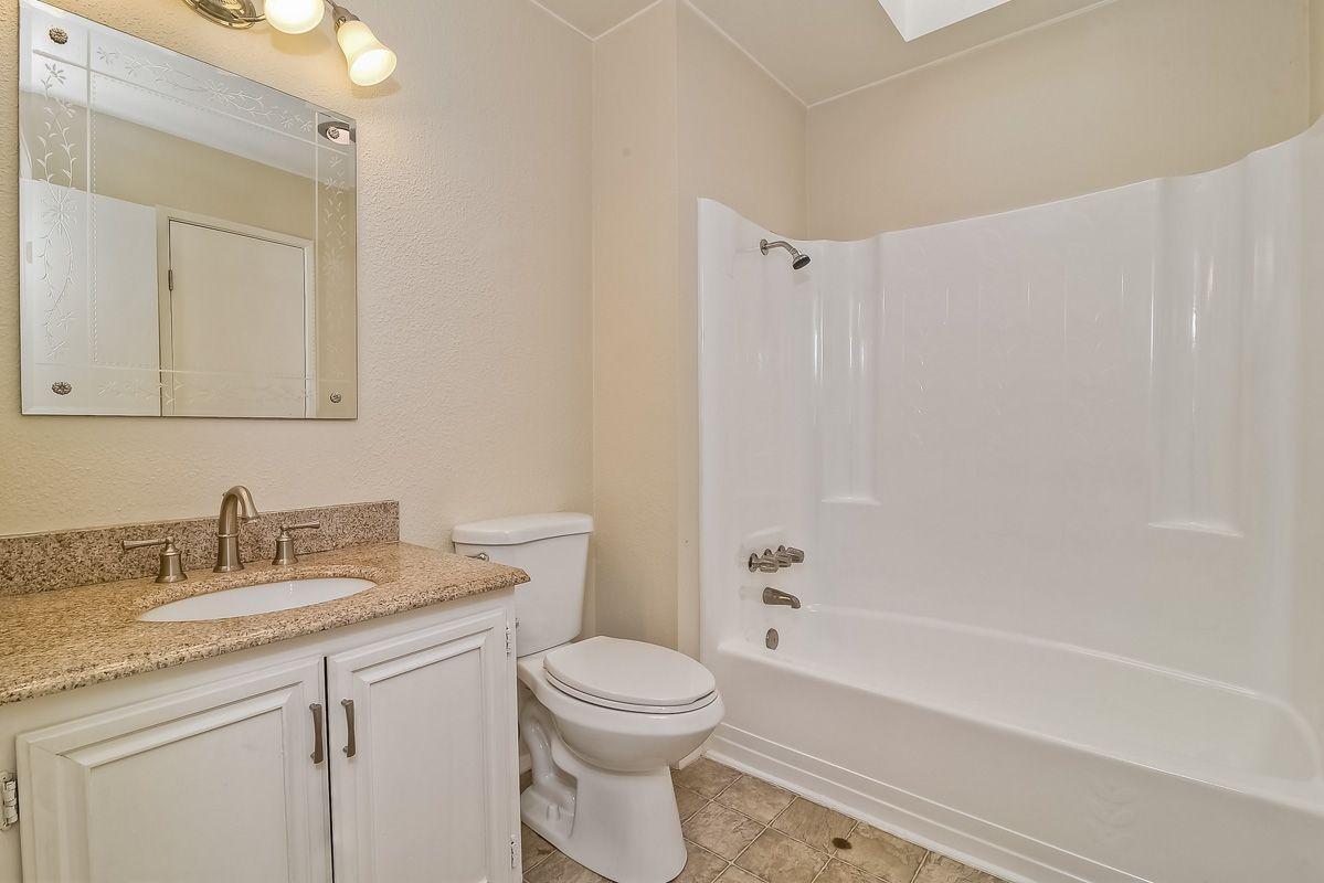 Photo 19: Photos: CLAIREMONT Condo for sale : 3 bedrooms : 5513 Caminito Roberto in San Diego