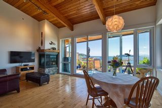 """Photo 9: 6500 WILDFLOWER Place in Sechelt: Sechelt District Townhouse for sale in """"WAKEFIELD BEACH - 2ND WAVE"""" (Sunshine Coast)  : MLS®# R2604222"""