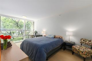 """Photo 11: 402 1050 BURRARD Street in Vancouver: Downtown VW Condo for sale in """"WALL CENTRE"""" (Vancouver West)  : MLS®# R2362675"""