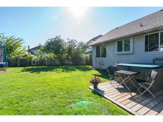 """Photo 20: 6132 185A Street in Surrey: Cloverdale BC House for sale in """"Eagle Crest"""" (Cloverdale)  : MLS®# R2204506"""