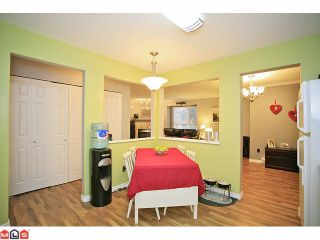 """Photo 5: 210 20189 54TH Avenue in Langley: Langley City Condo for sale in """"Catalina Gardens"""" : MLS®# F1127563"""