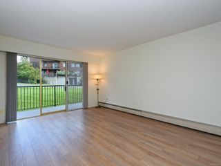 Photo 3: 101 1680 Poplar Ave in : SE Mt Tolmie Condo for sale (Saanich East)  : MLS®# 856970