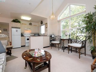 Photo 2: 304 1485 Garnet Rd in VICTORIA: SE Cedar Hill Condo for sale (Saanich East)  : MLS®# 795370