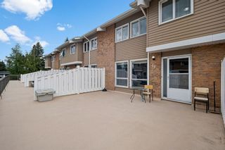 Main Photo: 19 116 Silver Crest Drive NW in Calgary: Silver Springs Row/Townhouse for sale : MLS®# A1118280