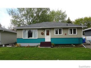 Photo 1: 14 OTTAWA Place in Regina: Churchill Downs Single Family Dwelling for sale (Regina Area 03)  : MLS®# 589785