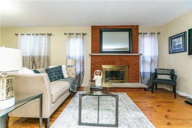 Photo 4: Photos: 3 Shenstone Avenue in Brampton: Heart Lake West House (2-Storey) for sale : MLS®# W4032870