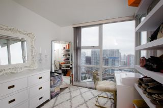 "Photo 11: 2807 193 AQUARIUS Mews in Vancouver: Yaletown Condo for sale in ""MARINASIDE RESORT"" (Vancouver West)  : MLS®# R2411655"