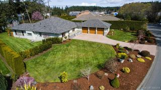 Main Photo: 1940 Marina Way in NORTH SAANICH: NS McDonald Park House for sale (North Saanich)  : MLS®# 796818