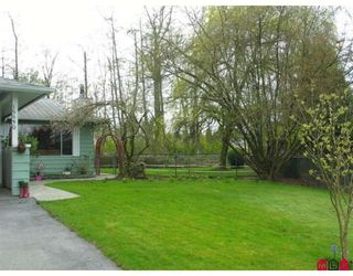 Photo 2: 15530 MADRONA Drive in Surrey: King George Corridor House for sale (South Surrey White Rock)  : MLS®# F2810790