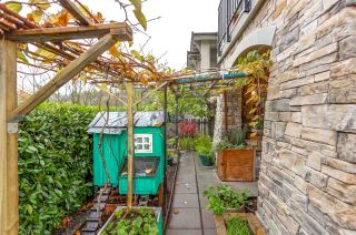 Photo 17: 105 3076 DAYANEE SPRINGS Boulevard in Coquitlam: Westwood Plateau Townhouse for sale : MLS®# R2119621