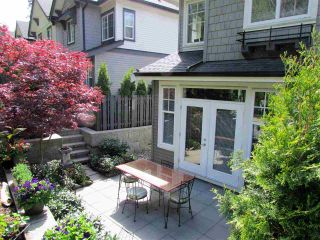 "Photo 2: 10 3470 HIGHLAND Drive in Coquitlam: Burke Mountain Townhouse for sale in ""BRIDLEWOOD"" : MLS®# R2164105"