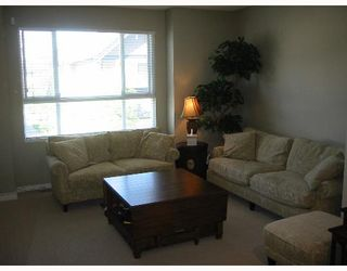"""Photo 2: 37 7733 HEATHER Street in Richmond: McLennan North Townhouse for sale in """"HEARTSTONE"""" : MLS®# V638024"""