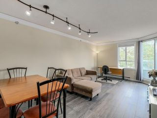 Photo 1: 407 3455 ASCOT PLACE in Vancouver: Collingwood VE Condo for sale (Vancouver East)  : MLS®# R2077334
