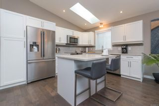 Photo 12: 49 7586 Tetayut Rd in : CS Hawthorne Manufactured Home for sale (Central Saanich)  : MLS®# 886131