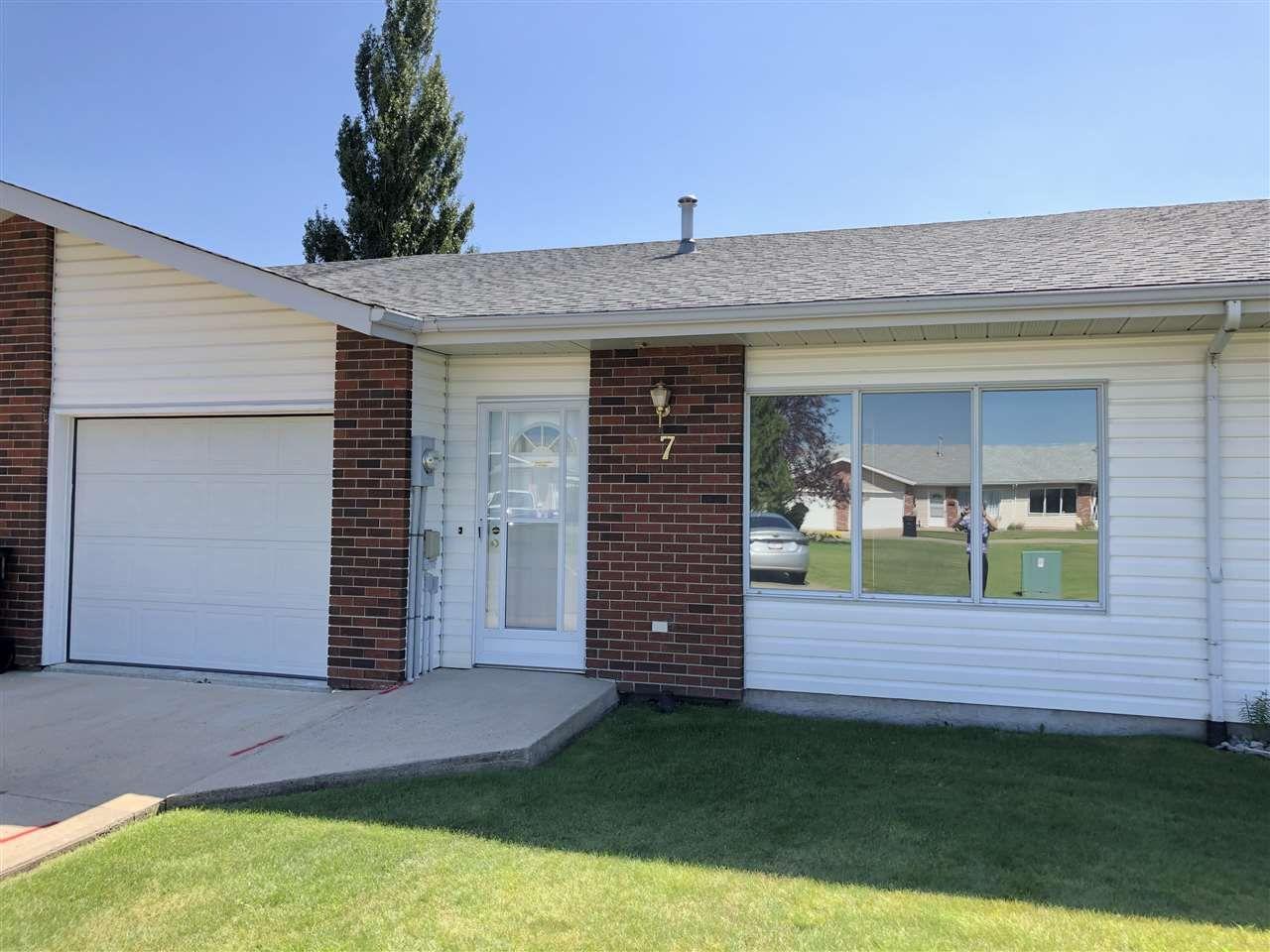 Main Photo: : Westlock House Half Duplex for sale : MLS®# E4245871