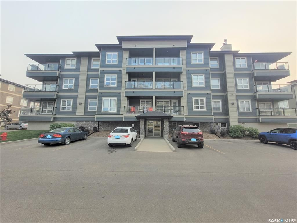 Main Photo: 2202 104 Willis Crescent in Saskatoon: Stonebridge Residential for sale : MLS®# SK872337