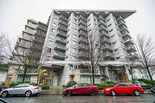 "Photo 1: 906 328 E 11TH Avenue in Vancouver: Mount Pleasant VE Condo for sale in ""UNO"" (Vancouver East)  : MLS®# R2329083"