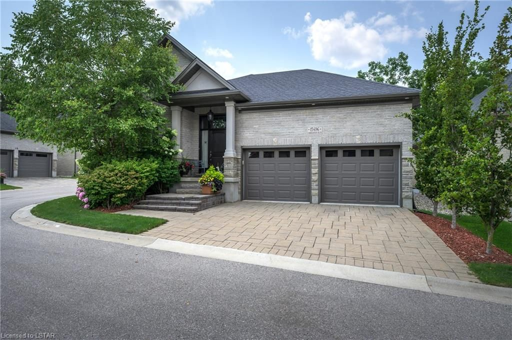 Main Photo: 15 696 W COMMISSIONERS Road in London: South M Residential for sale (South)  : MLS®# 40168772