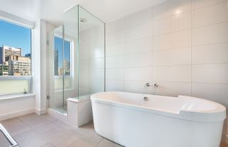 Photo 8: 2502 1277 MELVILLE ST in VANCOUVER: Condo for sale