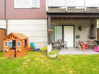 "Photo 21: 9 41488 BRENNAN Road in Squamish: Brackendale 1/2 Duplex for sale in ""RIVENDALE"" : MLS®# R2457979"