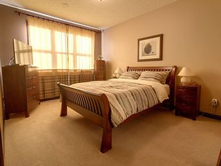 Photo 5: 1324 Kapyong Avenue in Edmonton: Zone 27 House for sale : MLS®# E4221608