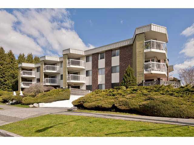Main Photo: 103 327 NINTH STREET in : Uptown NW Condo for sale : MLS®# V880096