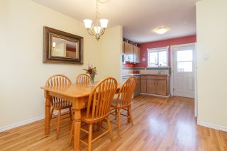 Photo 5: 1/2 Duplex with In-Law Suite