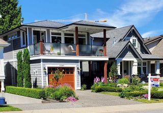 """Main Photo: 15549 THRIFT Avenue: White Rock House for sale in """"WHITE ROCK"""" (South Surrey White Rock)  : MLS®# R2595794"""