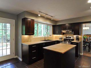 Photo 8: 860 Kelsey Crt in COMOX: CV Comox (Town of) House for sale (Comox Valley)  : MLS®# 643937