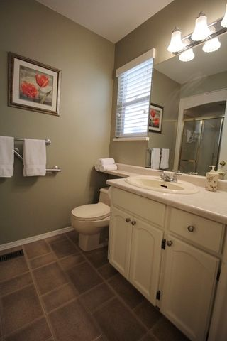 """Photo 10: 4606 221A Street in Langley: Murrayville House for sale in """"Murrayville"""" : MLS®# R2179708"""