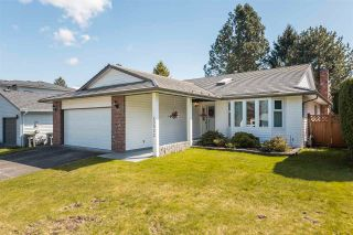Photo 2: 15522 19 Avenue in Surrey: King George Corridor House for sale (South Surrey White Rock)  : MLS®# R2564132