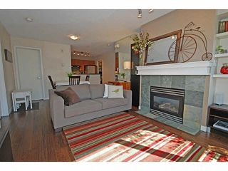 "Photo 3: 3173 W 4TH Avenue in Vancouver: Kitsilano Condo for sale in ""BRIDGEWATER"" (Vancouver West)  : MLS®# V1114933"