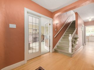 """Photo 2: 3090 W 45TH Avenue in Vancouver: Kerrisdale House for sale in """"Kerrisdale"""" (Vancouver West)  : MLS®# V1112063"""