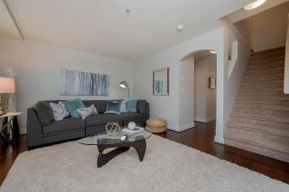 """Photo 3: 39 15833 26 Avenue in Surrey: Grandview Surrey Townhouse for sale in """"Brownstones"""" (South Surrey White Rock)  : MLS®# R2277501"""