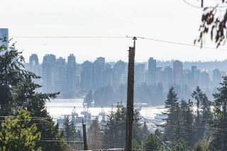 Photo 11: 2915 JONES Avenue in North Vancouver: Upper Lonsdale House for sale : MLS®# R2351177