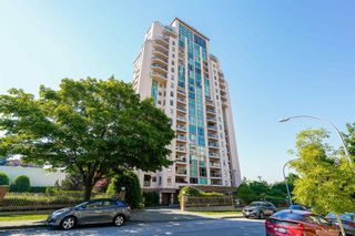 """Photo 3: 1803 612 FIFTH Avenue in New Westminster: Uptown NW Condo for sale in """"The Fifth Avenue"""" : MLS®# R2603804"""
