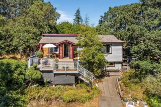 Photo 2: 1116 Donna Ave in : La Langford Lake House for sale (Langford)  : MLS®# 884566