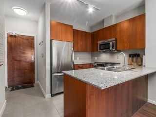 """Photo 5: 402 5665 IRMIN Street in Burnaby: Metrotown Condo for sale in """"MACOHERSON WEST"""" (Burnaby South)  : MLS®# R2089049"""
