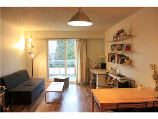 """Photo 2: 223 711 E 6TH Avenue in Vancouver: Mount Pleasant VE Condo for sale in """"PICASSO"""" (Vancouver East)  : MLS®# V1050473"""