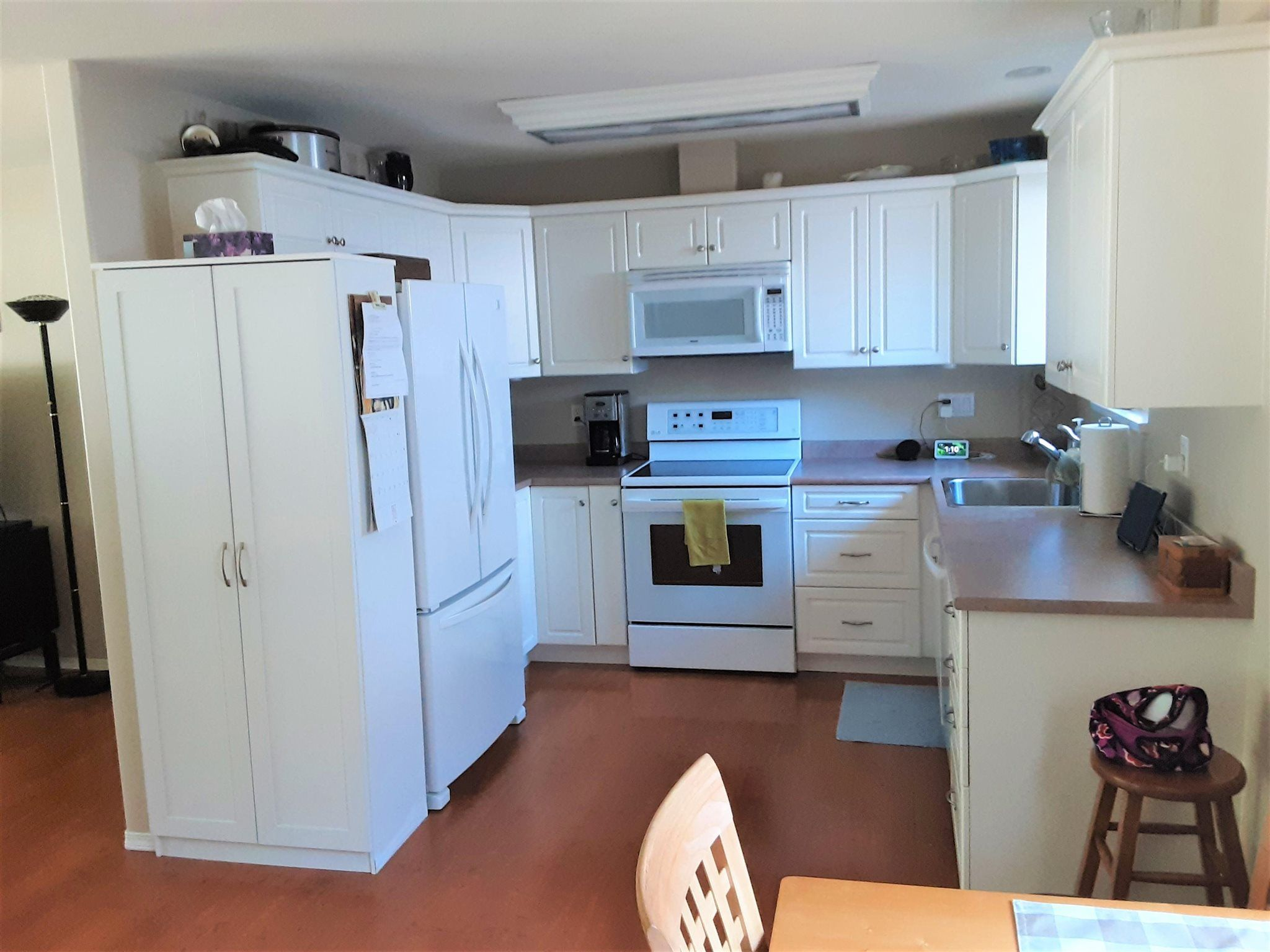 """Photo 5: Photos: 19740 40A Avenue in Langley: Brookswood Langley House for sale in """"BROOKSWOOD"""" : MLS®# R2602130"""