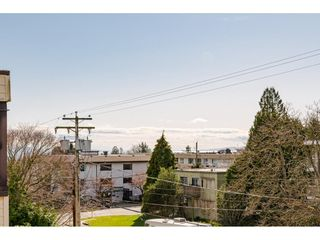 """Photo 26: 202 1448 FIR Street: White Rock Condo for sale in """"The Dorchester"""" (South Surrey White Rock)  : MLS®# R2559339"""