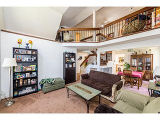 Photo 3: 7140 BLAKE Drive in Delta: Sunshine Hills Woods House for sale (N. Delta)  : MLS®# R2365383