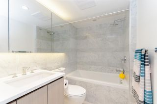 """Photo 9: 1802 455 SW MARINE Drive in Vancouver: Marpole Condo for sale in """"W1"""" (Vancouver West)  : MLS®# R2382915"""