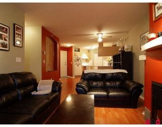 Photo 4: #312 19750 64th Ave in Langley: Condo for sale : MLS®# F2800657