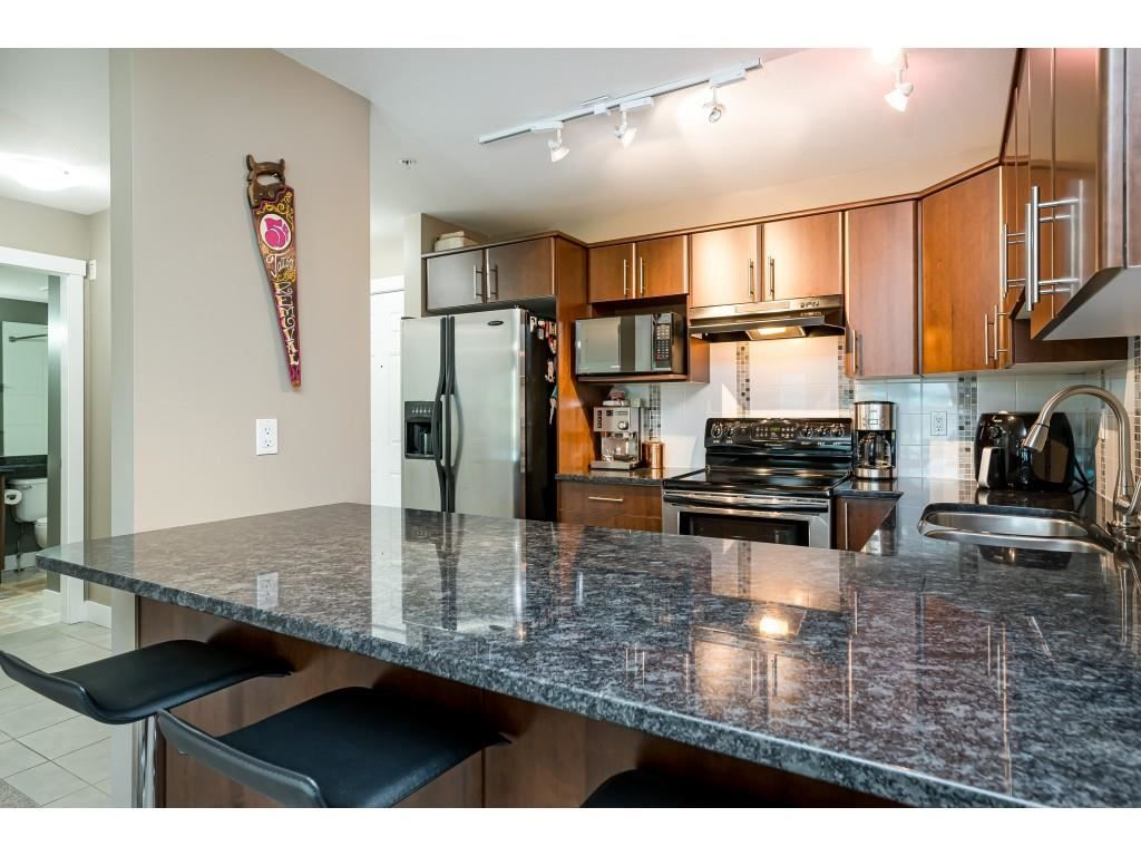 """Photo 4: Photos: 204 19366 65 Avenue in Surrey: Clayton Condo for sale in """"LIBERTY AT SOUTHLANDS"""" (Cloverdale)  : MLS®# R2591315"""