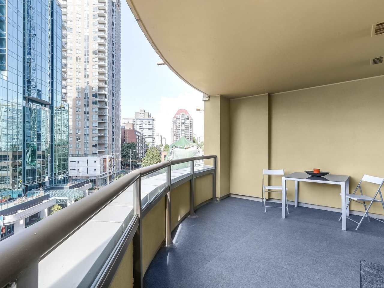 """Photo 13: Photos: 605 789 DRAKE Street in Vancouver: Downtown VW Condo for sale in """"Century Tower"""" (Vancouver West)  : MLS®# R2206186"""